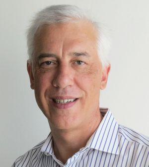 Colin Earl